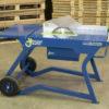 Mesa tronzadora de madera con sistema de seguridad